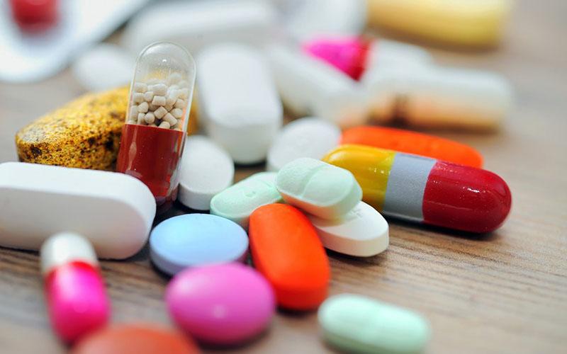جلوگیری از خروج ۸۰۰ میلیون دلار ارز با تولید مواد اولیه دارویی