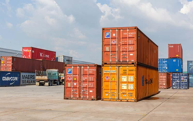 اختصاص 14 میلیارد دلار ارز برای واردات کالاهای اساسی