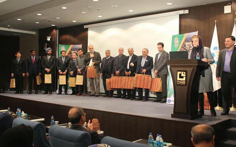 آغاز دومین کنگره بینالمللی فوتبال کلینیک به میزبانی ایرانمال