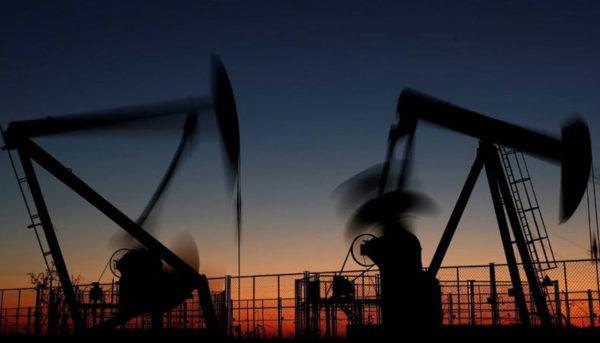 سقوط ۳ درصدی قیمتهای نفت در بازار جهانی