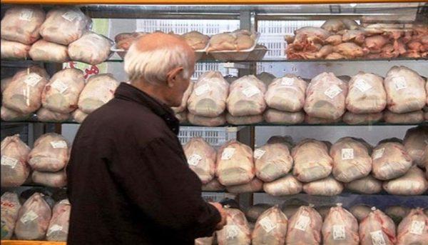 قیمت هرکیلوگرم گوشت مرغ در بازار باید نزدیک ۱۰ هزار تومان باشد