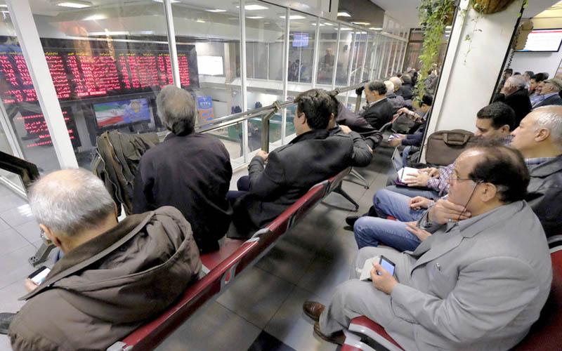 ممنوعیت پرداخت سود روزشمار بانکی با بورس چه میکند؟