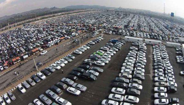 ۲۵ هزار خودرو در انبار ایرانخودرو