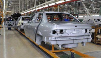 پاسخ معاون وزیر درباره بلاتکلیفی ثبت نام کنندگان خودرو