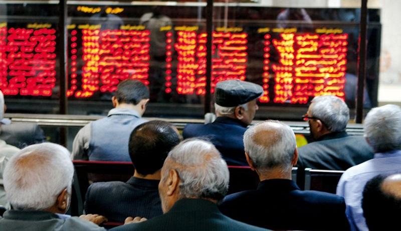 احتیاط بر فضای معاملات بورس/ سهام، شانس اول رونق بازارها؟