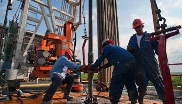 جدیدترین قیمت نفت / ۲۰۱۹ سالی پرریسک برای بازار جهانی نفت