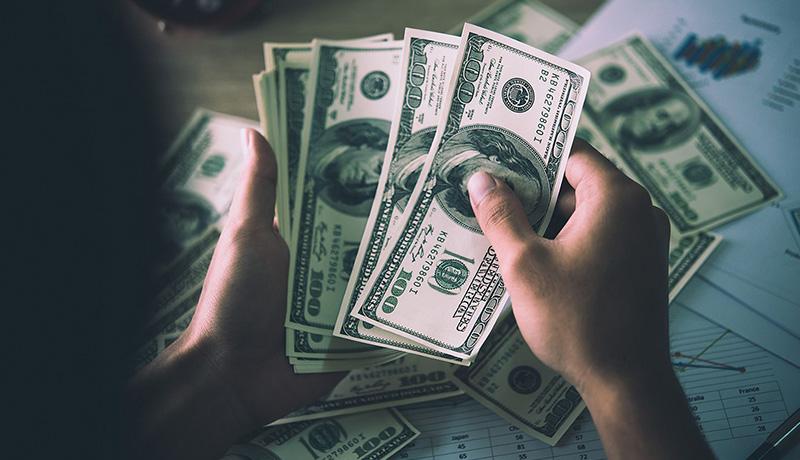 مدیریت ریسک ارز دلار