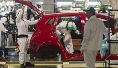 درخواست خودروسازان از ترامپ