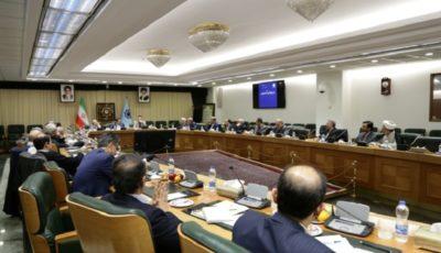 بانک مرکزی نیازهای ارزی مردم را با قدرت تامین میکند
