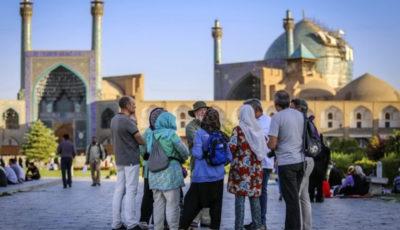 گردشگران ایران بیشتر از کدام کشورها هستند؟ (اینفوگرافیک)