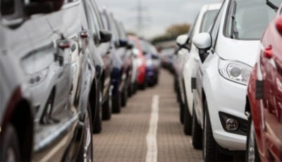 در سال گذشته چقدر خودرو به فروش رسید؟