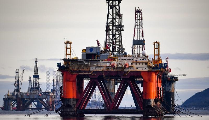 ادامه رشد قیمت نفت / طلای سیاه در آستانه ۶۰ دلاری شدن
