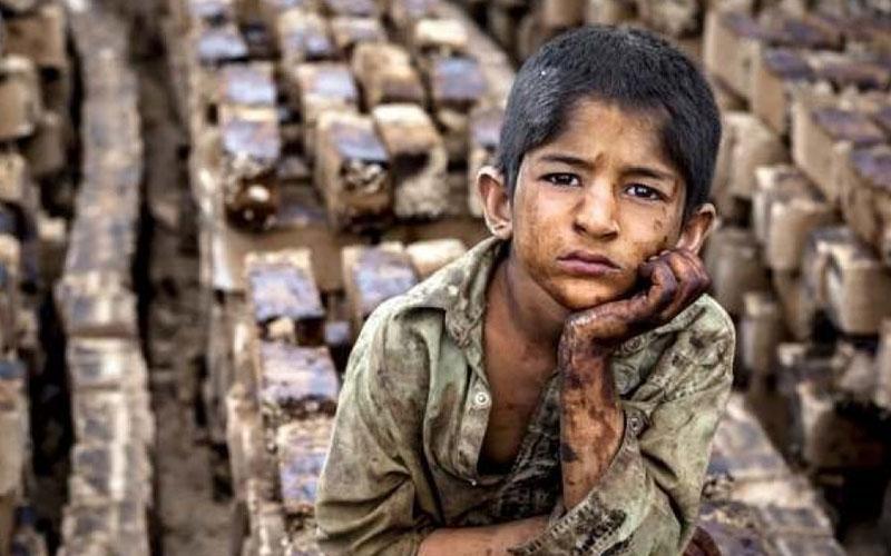کودکان کار در ایران چقدر از حمایت قانونی برخوردارند؟ (اینفوگرافیک)