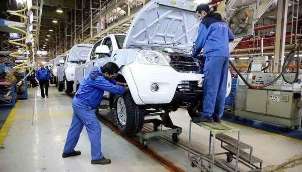 خودروسازان به چه کسانی بدهی ۸۰ هزار میلیاردی دارند؟