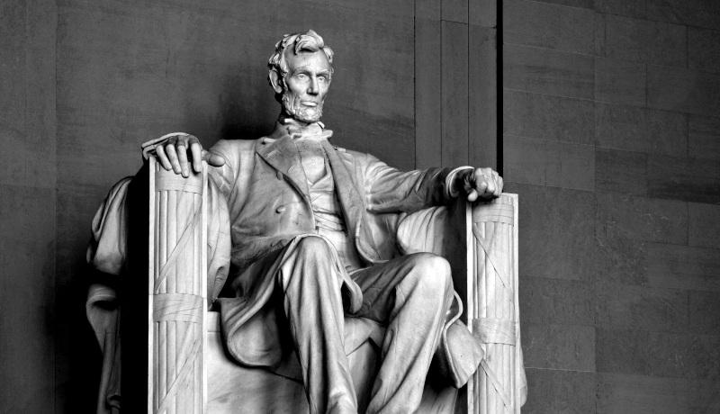 مجسمه آبراهام لینکلن اقتصاد آمریکا