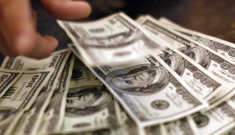 دلار بیارزش شد