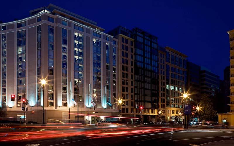۸۰ درصد هتلهای مشهد رزرو شده است
