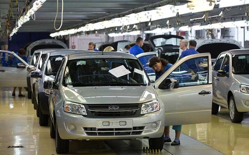 مشارکت ایران و روسیه در خودروسازی/ خودروهای روسی به ایران میآیند؟