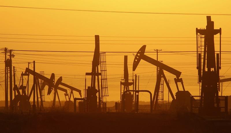 بهای نفت در بازار جهانی کاهش یافت