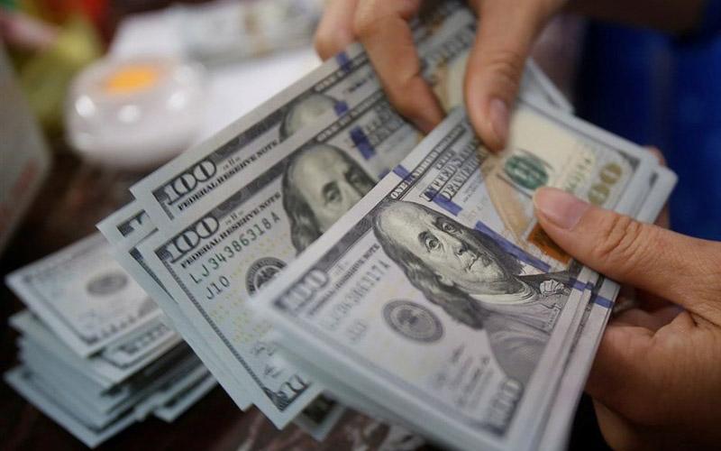 عقبنشینی دلار با تصمیمات جدید ترامپ