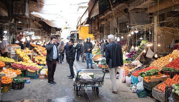 بازار امام حسین در شب عید به روایت یک گزارش تصویری
