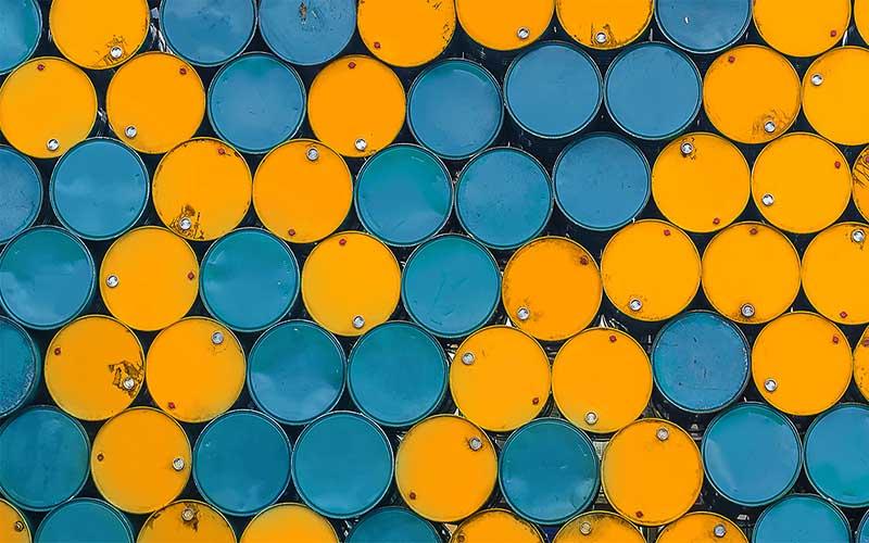 خطر ریزش نفت به ۳۰ دلار