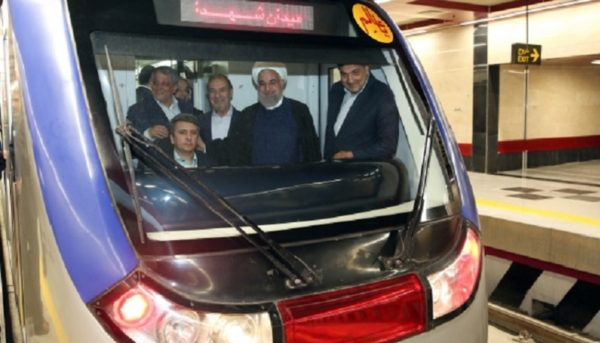 روحانی فاز اول خط ۶ متروی تهران را افتتاح کرد
