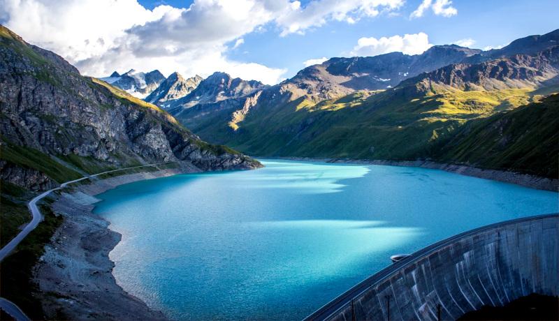دریاچه مویری Moiry Lake