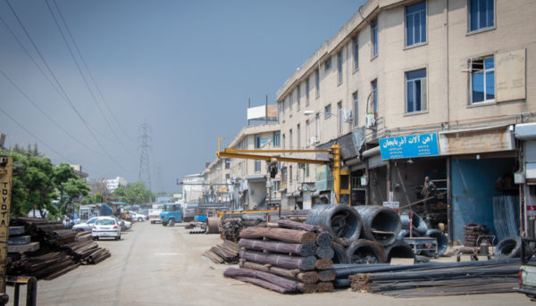 بازار آهن شادآباد به روایت یک گزارش تصویری