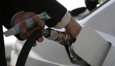 قیمت بنزین احتمالا تا دو ماه دیگر گران میشود