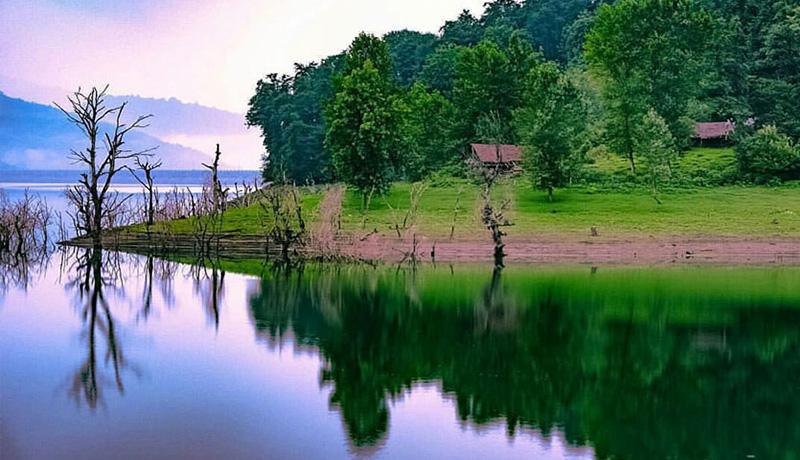 اقتصاد سفر دریاچه لفور