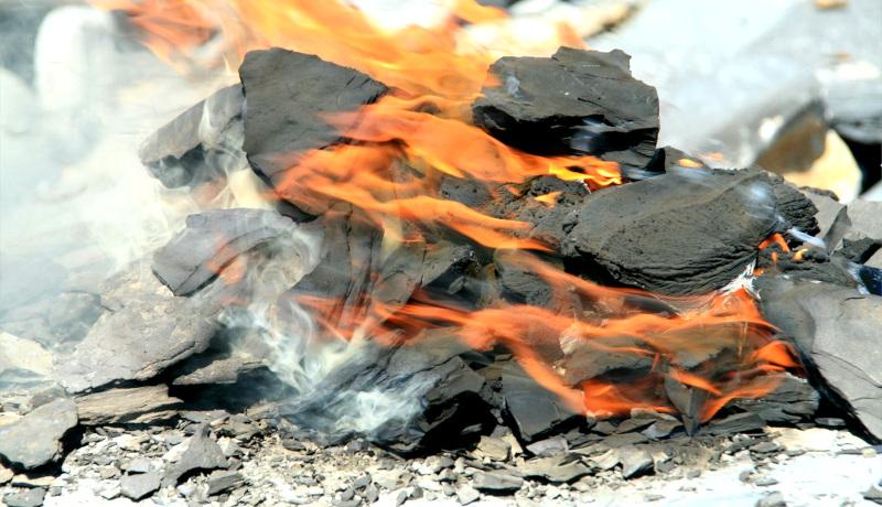شیل نفتی در آتش