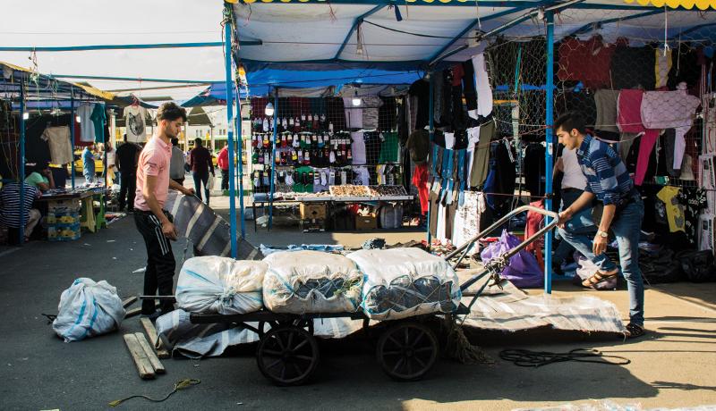 داستانهای کوتاه دستفروشان یک بازارچه دائمی (گزارش تصویری)