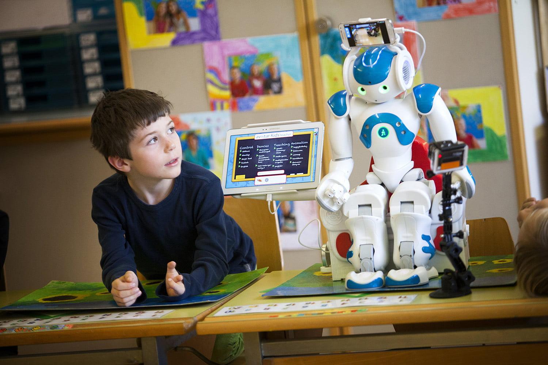 روباتها در کلاس درس