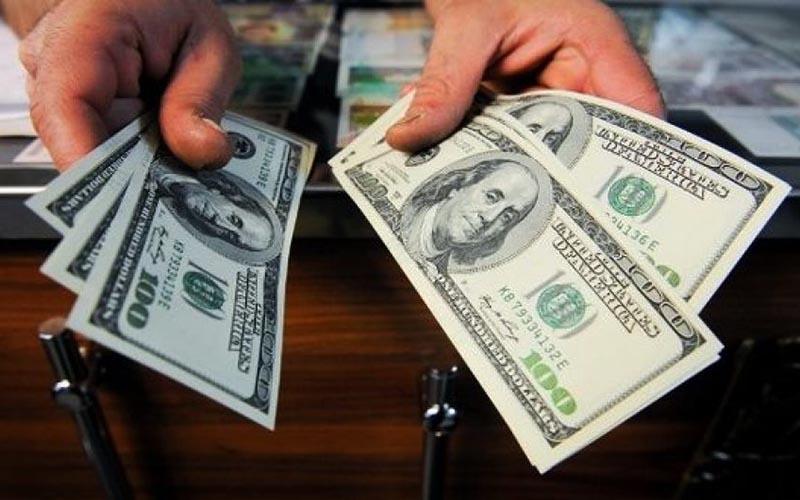 دلار روی مرز ۱۲  هزار تومان / قیمت ارز صرافی ملی ۹۸/۴/۲۵