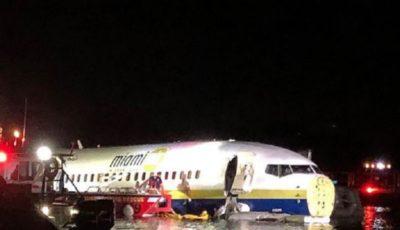 یک فروند هواپیمای مسافربری بوئینگ ٧٣٧ آمریکا سقوط کرد