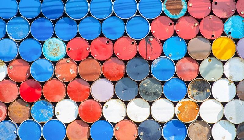 نفت برخلاف انتظارات کاهش یافت