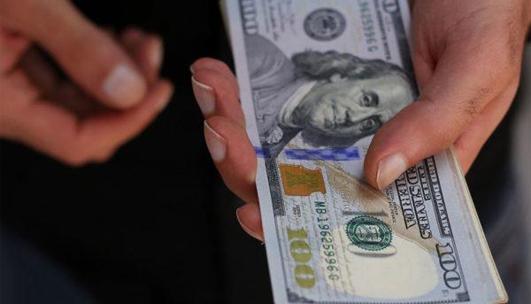 سناریو کاهش قیمت ۳۵۰ تومانی دلار / کمترین قیمت دلار در سال ۹۸