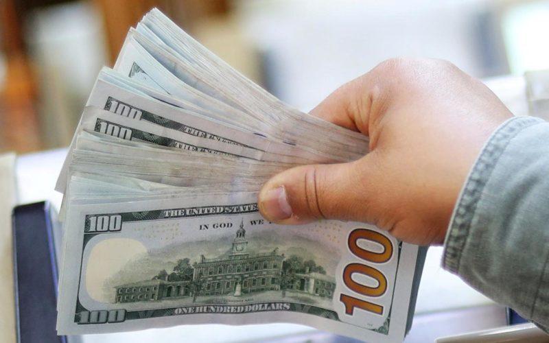 خصولتیها ارز صادراتی را بازنگرداندند، نه بخش واقعی اقتصاد / قیمت دلار باید ۱۰ هزار تومان شود