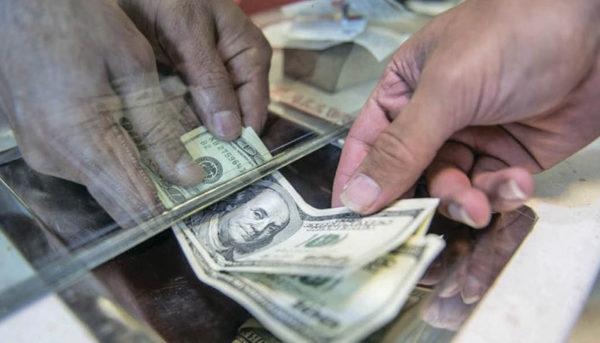 کمبود ارز نداریم / قیمت دلار باید ۷ هزار تومان شود