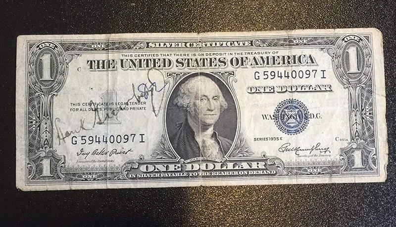 دلار اسکناس