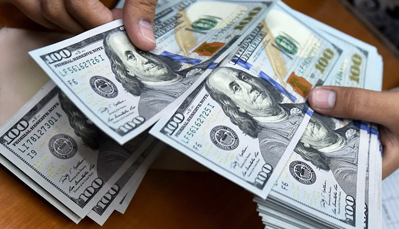 چرا دلار گران میشود و چه باید کرد؟