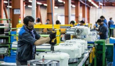 پیشتازان رشد و افت تولید / لباسشویی و خودرو در لیست بیشترین کاهش (اینفوگرافیک)