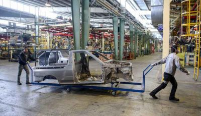 اولین آمار تولید خودروسازان در سال ۹۸ / تولید خودرو نصف شد (اینفوگرافیک)