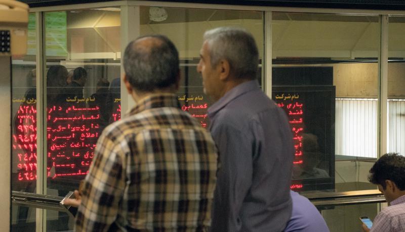 کمرمقی بورس امروز و رشد اندک شاخص (اینفوگرافیک)
