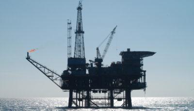 نفت یکروزه ۵ درصد گران شد