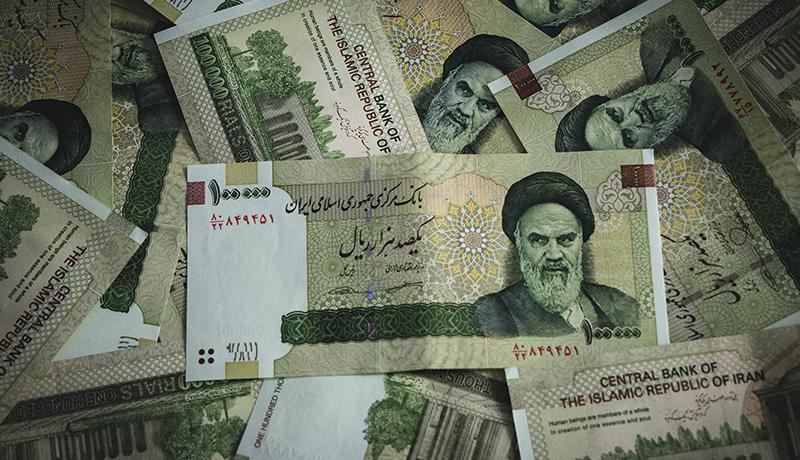 واکنش مجلس به انحراف دولت از افزایش حقوقها