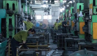 خط تولید یک شرکت قطعهساز خودرو (گزارش تصویری)