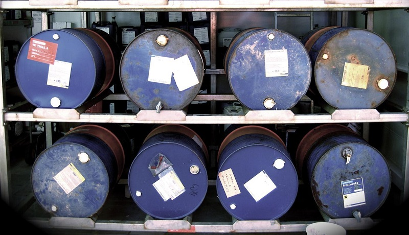 قیمت نفت در معاملات امروز ۳ درصد سقوط کرد