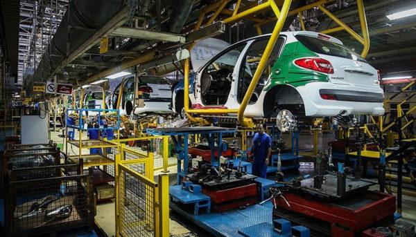 تولید ایران خودرو در اردیبهشت نصف شد / دپوی ۴۸ هزار خودرو در پارکینگ ایرانخودرو